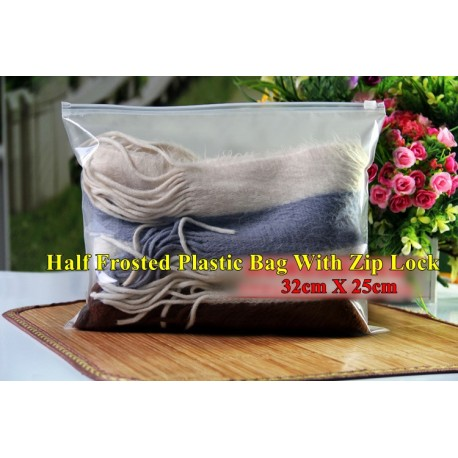 H3 Half Frosted Plastic Bag with Zip Lock (26 x 18cm)
